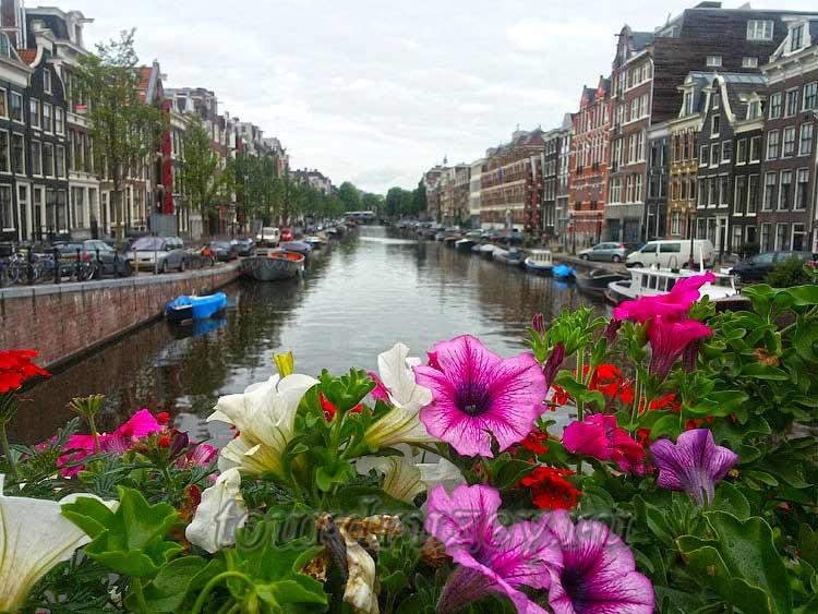 Амстердам и его каналы