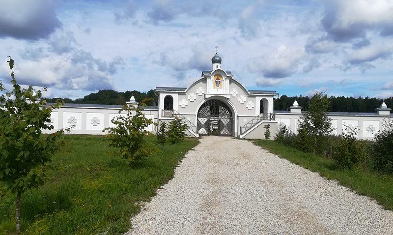 Иоанно-Богословский Крыпецкий монастырь, Псков